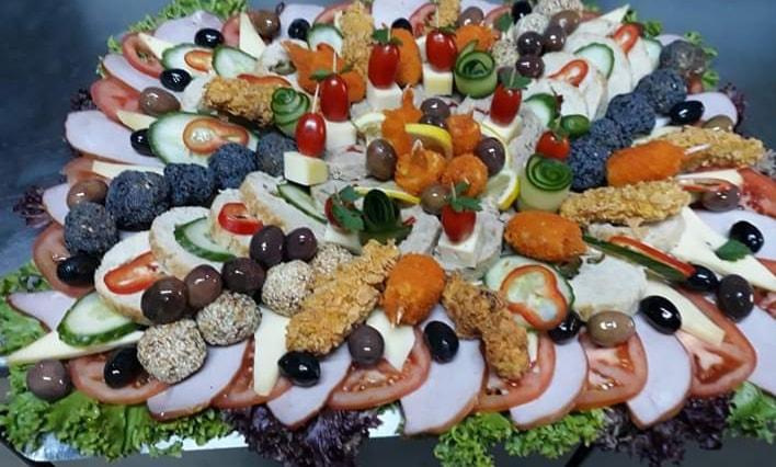 catering evenimente radauti mancare buna